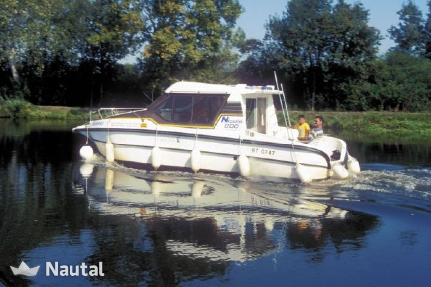 Houseboat Rent Custom S800 In Saverne, Bas-Rhin | Nautal